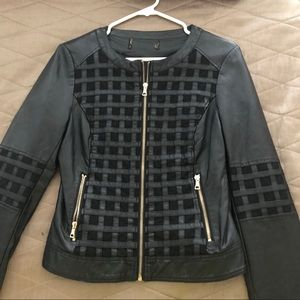 Jackets & Blazers - Leather black fitted jacket